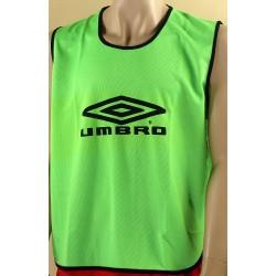 Znacznik piłkarski UMBRO seniorski